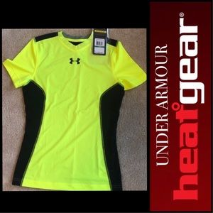🆕🔥YOUTH LARGE UNDER ARMOUR HEATGEAR VENTED TOP